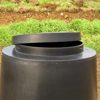 Outdoor 45 Gallon Feed Bin Rain Hat – Lift Off Lid