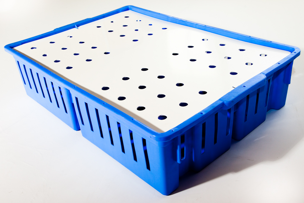 4 Compartment Stackable Chick Tray & Lid