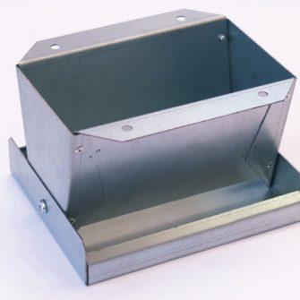 Galvanised Metal Pan Feeder 7
